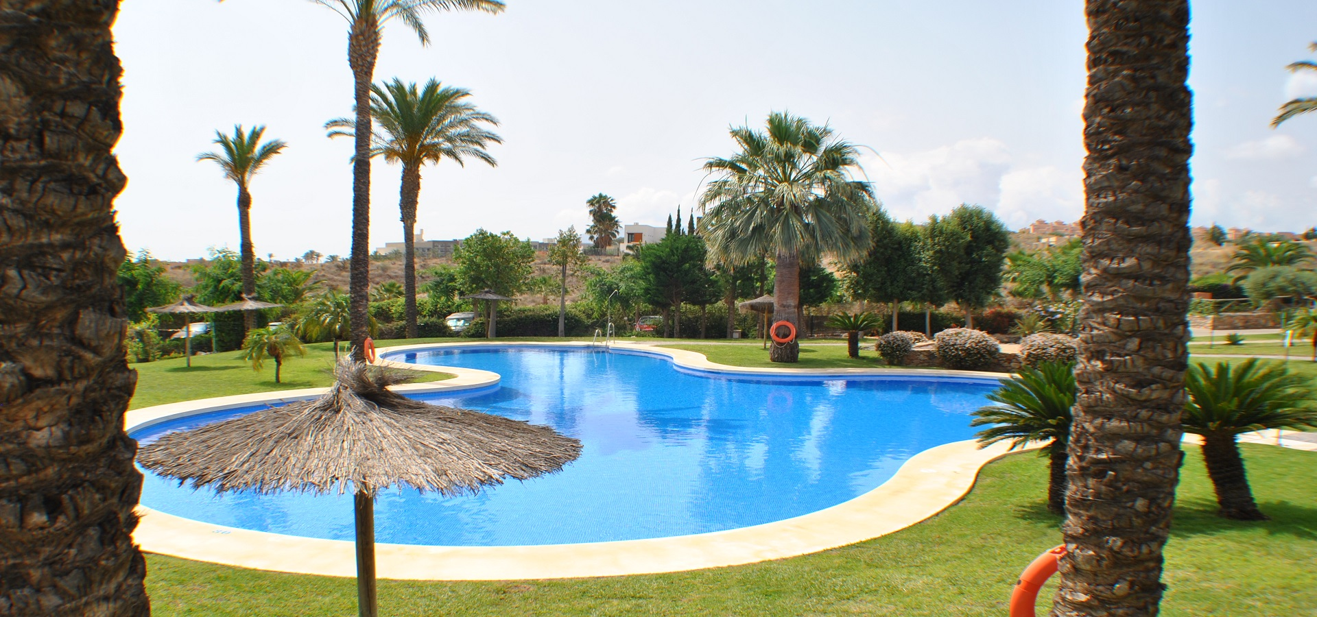 Piscina Villa D Alm.3 Bedroom Apartment For Sale Valle Del Este Premium